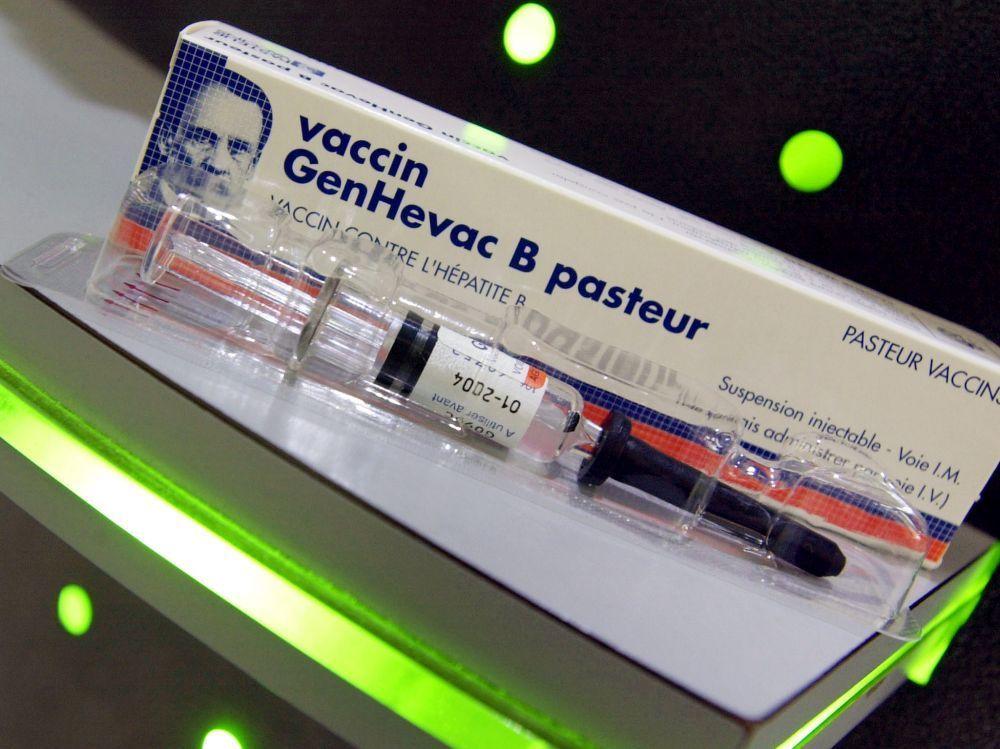 vaccin hepatite b la cour europeenne reconnait le lien avec la sclerose en plaques